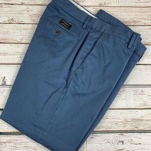 Men's Chino Pants by Banana Republic 34x32